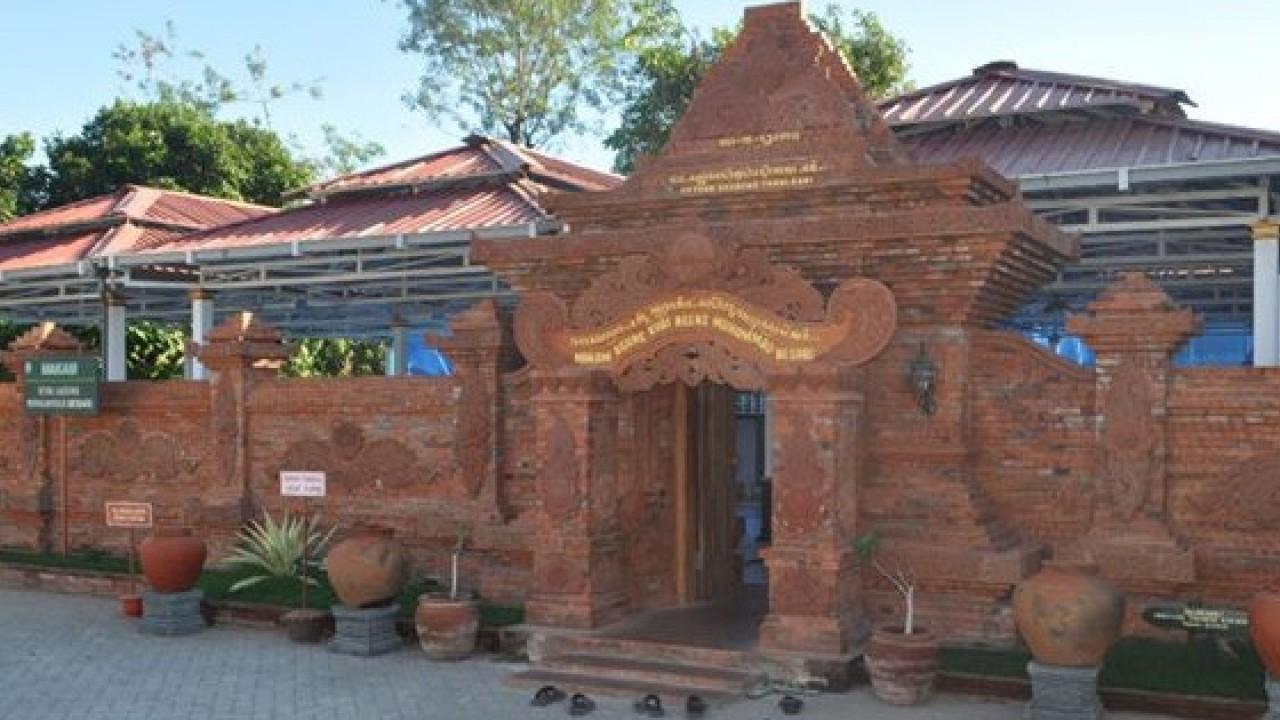 Ramainya Aktivitas Masjid Kuno Kyai Ageng Muhammad Besari Ponorogo Tegalsari