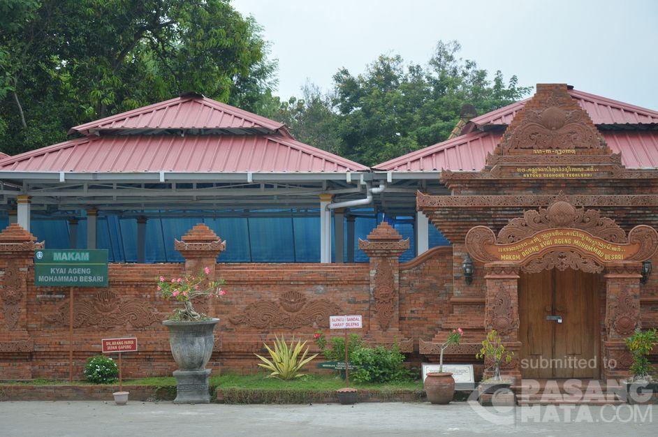 Wisata Religi Ponorogo Tempatnya Berita Makam Kyai Ageng Mohammmad Besari