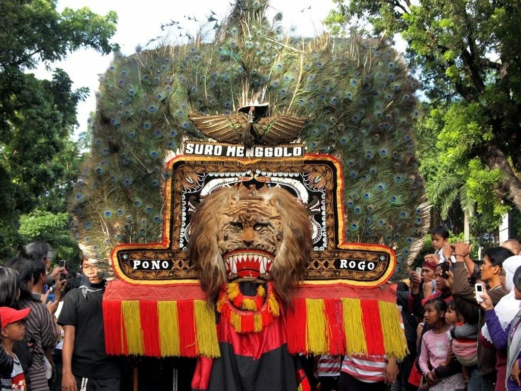 Mengenal Reog Ponorogo Jawa Timur Pentas Bulan Purnama Kab