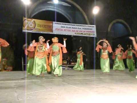 Tari Tradisional Soul Penampilan Pentas Bulan Purnama Kabupaten Ponorogo Reog