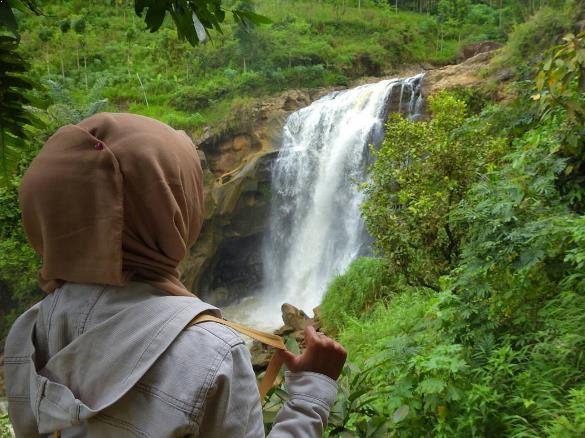 36 Tempat Wisata Terkenal Ponorogo Sekitarnya Air Terjun Sunggah Taman