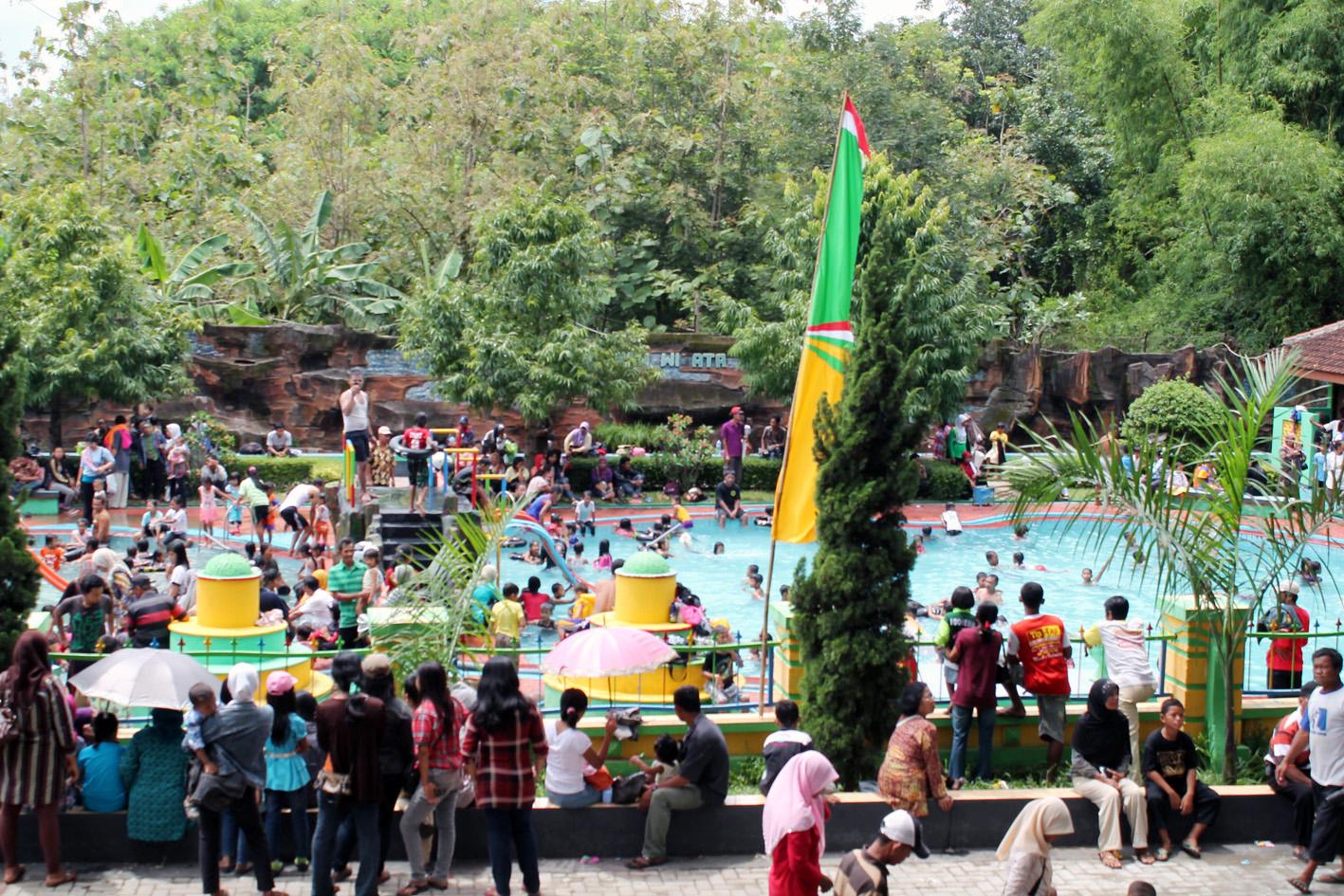 Ngembag Water Park Wisata Ponorogo 2 Km Menuju Arah Pulung