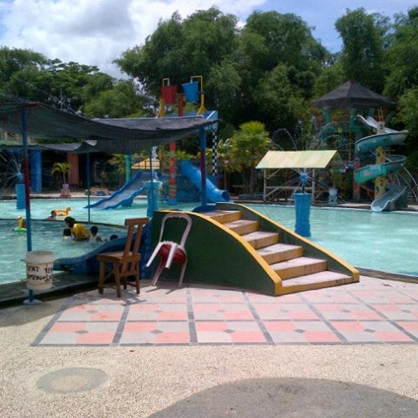 Photos Kintamani Waterpark Pool Ponorogo Photo Jokcovic 12 22 2012