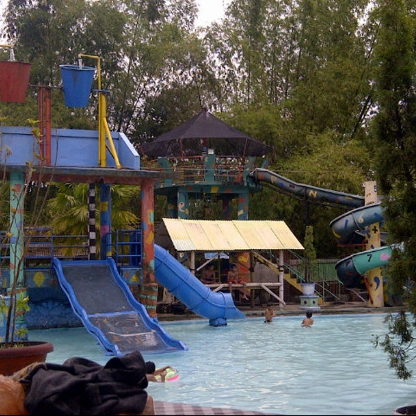 Photos Kintamani Waterpark Pool Ponorogo Photo Syafilina 8 15 2013