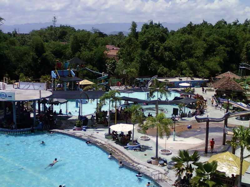 8 Obyek Wisata Ponorogo Patut Dikunjungi Kintamani Waterpark Taman Ngembag