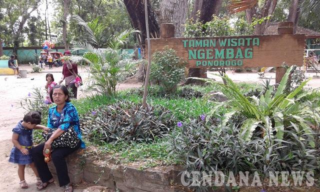 Liburan Seru Taman Ngembag Ponorogo Cendana News Petugas Bertugas Menyemarakkan