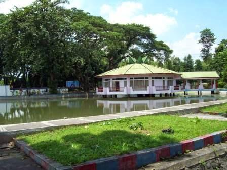 Tempat Wisata Ponorogo Menarik Asri Taman Air Ngembag Kab