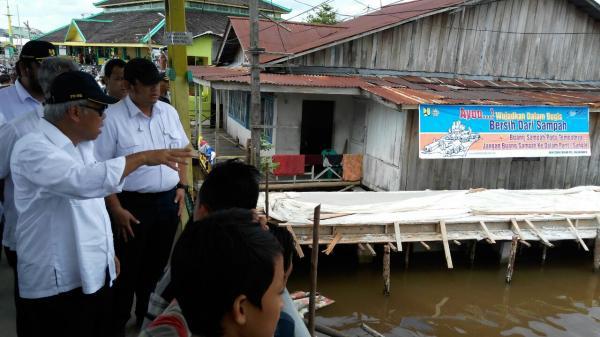 Nelayan Beting Pontianak Contoh Penataan Kawasan Pesisir Indonesia Kampung Kab