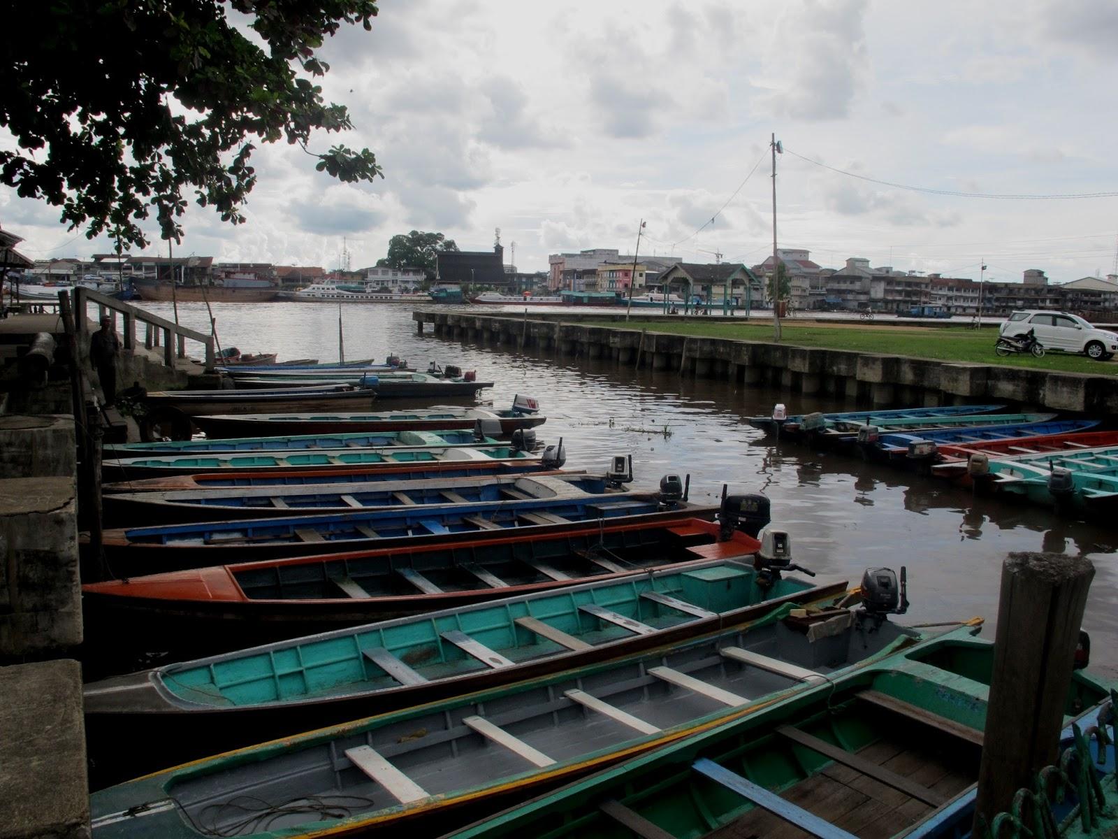 Pontianak Kota Katulistiwa Seribu Langkah Travel Diary Tary Dikenal Nama