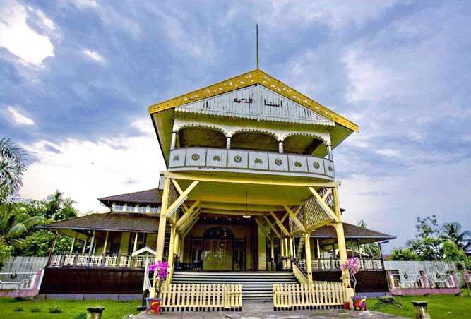 Kerajaan Pontianak Istana Kadriah 1345538411674797639 Keraton Kesultanan Kab