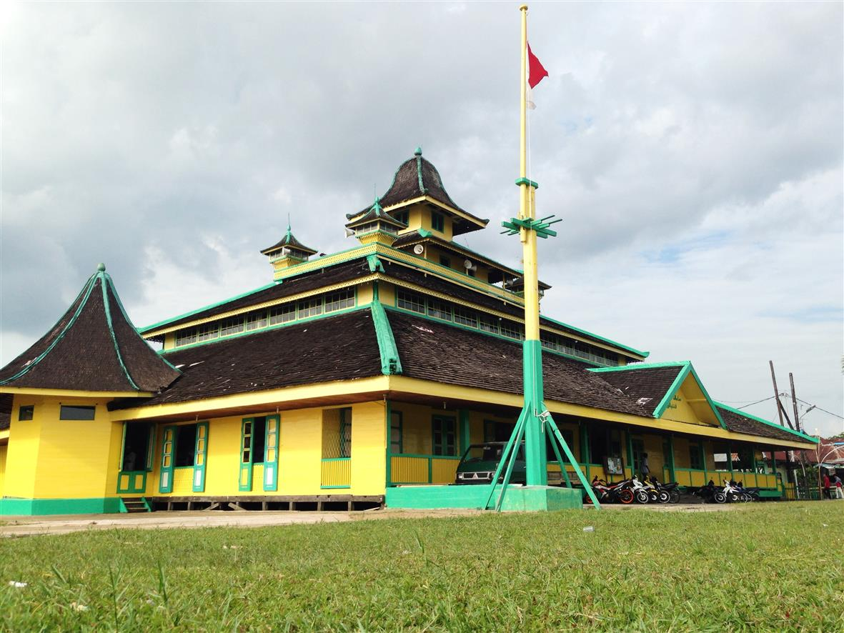Sejarah Masjid Jami Sultan Syarif Abdurrahman Langgar Menjadi Foto Kurniawati