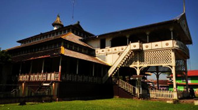 Sultan Pengayom Warga Kalbar Mangkat Regional Liputan6 Istana Kesultanan Kadriah