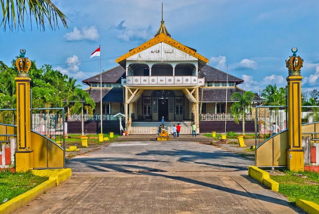 Wisata Istana Kadriah Pontianak Kalimantan Barat Panduan Keraton Kadriyah Kesultanan