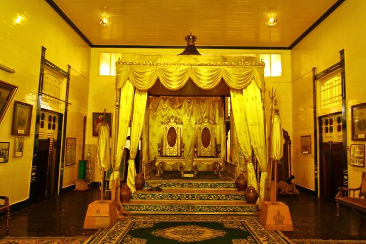 Wisata Istana Kadriah Pontianak Kalimantan Barat Panduan Keraton Kesultanan Kab