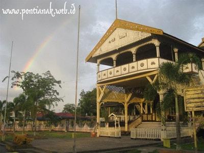 Wisata Keraton Kadariah Pontianak Cerita Khatulistiwa Megah Struktur Bangunan Kayu