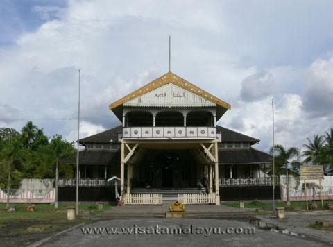 Wisata Sejarah Kalbar Istana Kadriah Kesultanan Pontianak Keraton Kab