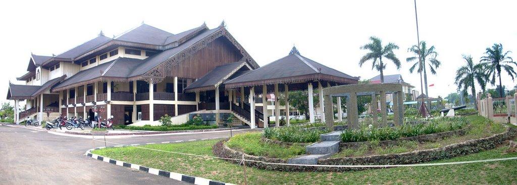 Rumah Adat Melayu Pontianak Kalimantan Barat Wisata 11317199 Kolam Renang