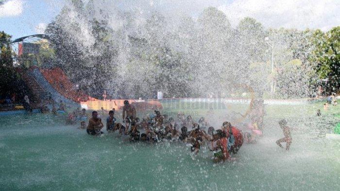 Tag Jc Oevaang Oeray 3 Lebaran Ribuan Pengunjung Berenang Ramai