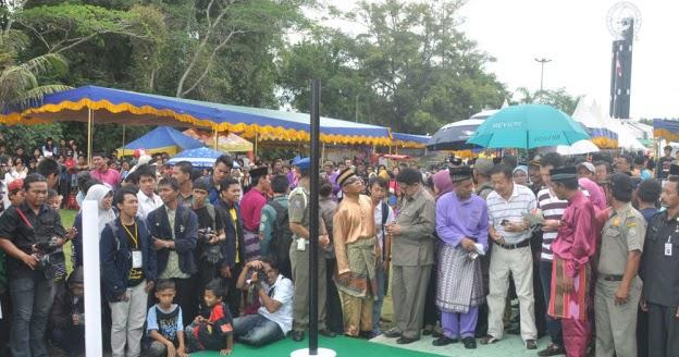 West Borneo Story Titik Kulminasi Tugu Khatulistiwa Pontianak Kalimantan Barat