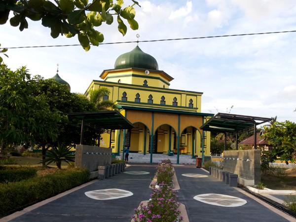 Berkunjung Siak Wajib Mampir Masjid Raya Makam Sultan Syahabuddin Tak