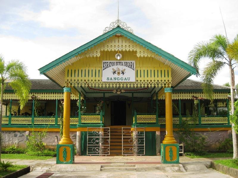 Istana Qadriyah Kesultanan Pontianak Balai Pelestarian Didirikan Oleh Sultan Muhammad
