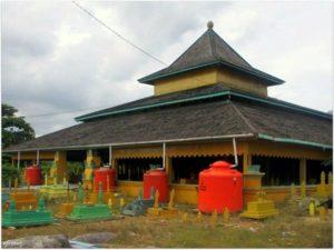 Makam Raja Batu Layang Balai Pelestarian Cagar Budaya Kalimantan Timur