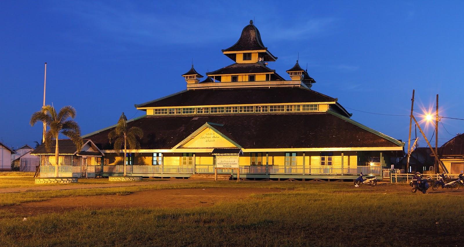 Rindu Masjid Jami Sultan Syarif Abdurrahman Tertua Subuh Foto Panoramio