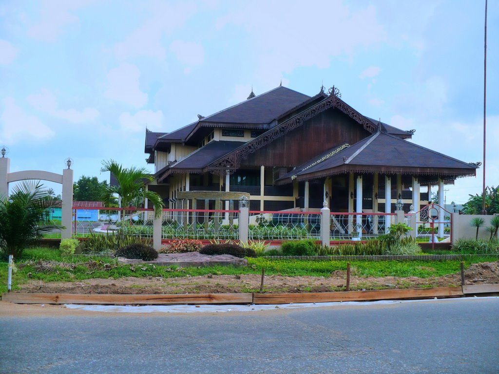 Rumah Adat Melayu Pontianak Kalimantan Barat Wisata 17817138 Makam Kesultanan