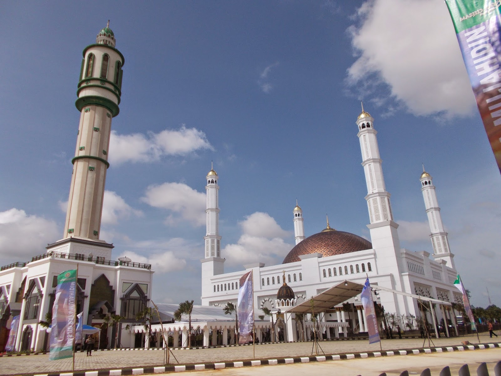 Januari 2015 Slamet Funata Peresmian Masjid Raya Mujahidin Pontianak Dimeriahkan