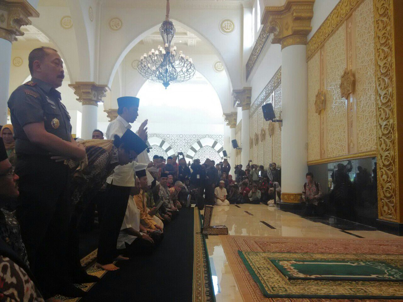 Meski Ditekan Presiden Jokowi Tegaskan Tetap Tolak Beri Grasi Menunaikan