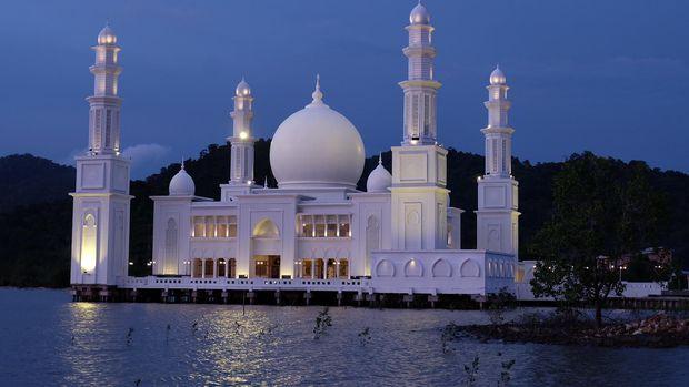 Nazar Oesman Sapta Mendirikan Masjid Agung Al Khair Liputan Liputankalbar