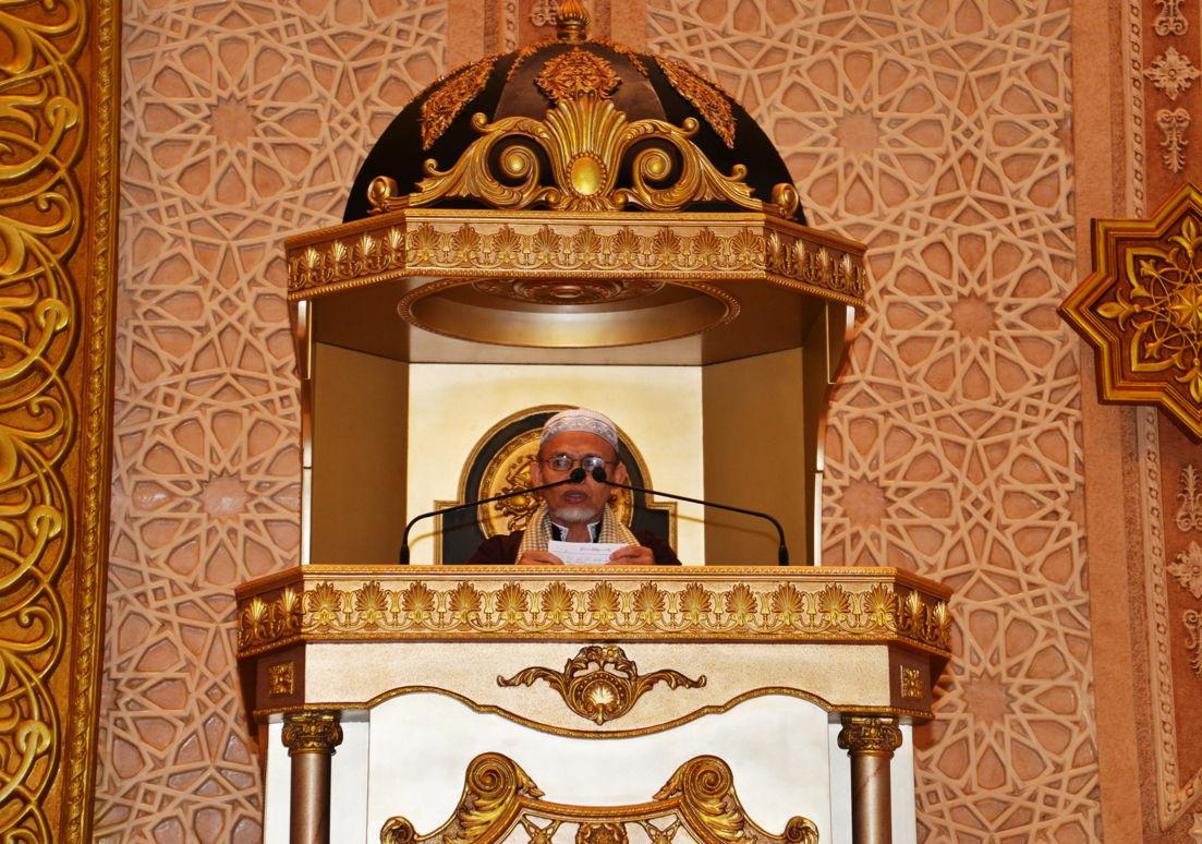 Suasana Pelaksanaan Shalat Gerhana Matahari Masjid Raya Mujahidin Pontianak Rabu