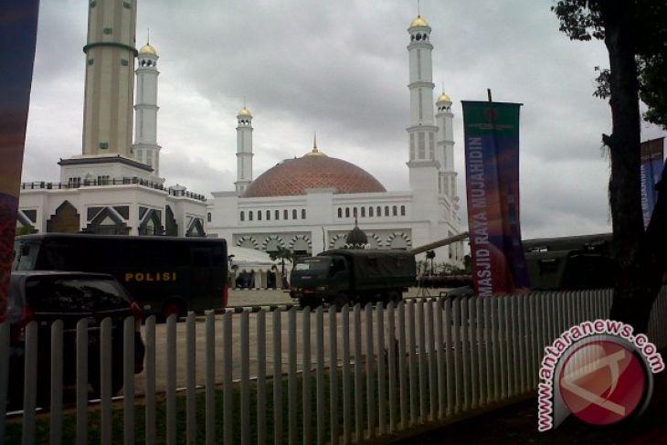 Telkom Bantu Masjid Raya Mujahidin Rp100 Juta Antara News Kab