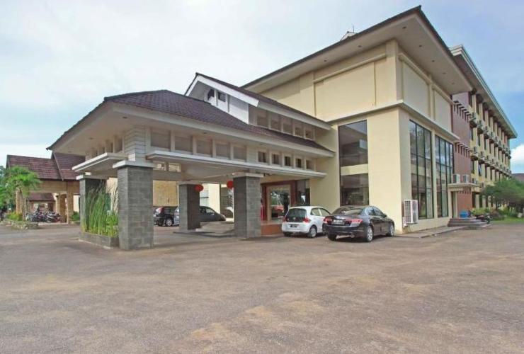 Dangau Hotel Resort Pontianak Tenggara Traveloka Jalan Arteri Supadio Kalimantan