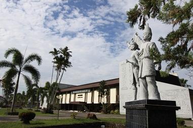 Jelajah Kalbar Panduan Wisata Kota Pontianak Museum Negeri Kalimantan Barat
