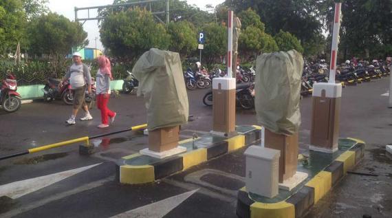 Januari Taman Alun Kapuas Gunakan Secure Parking Pontianak Post Kab