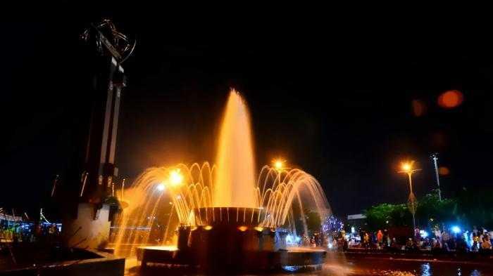 Lokasi Parkir Taman Alun Kapuas Memungkinkan Oleh Putri 20140602 171750