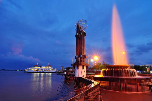 Pontianak Kota Wisata Menarik Indonesia Galaherang Sumber Gambar Miner8 Taman