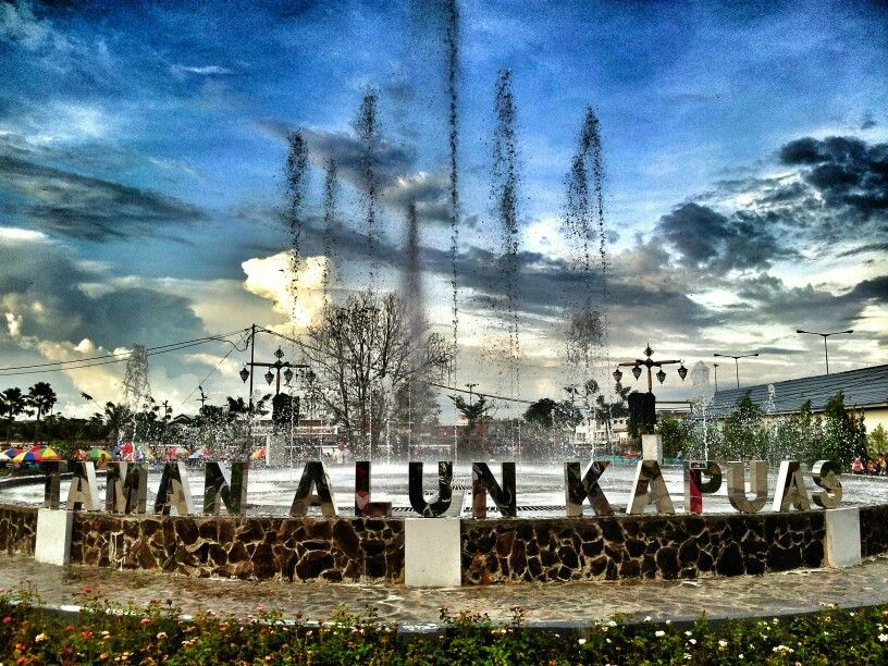 Taman Alun Kapuas Pontianak West Borneo Hearing Singing Fountain Kab