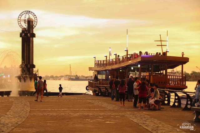 Taman Alun Kapuas Tempat Wisata Kota Pontianak Kab