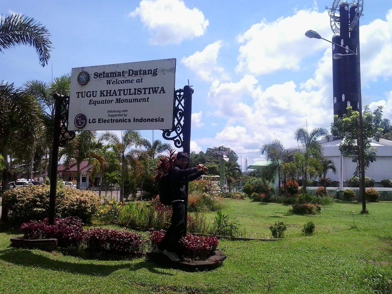 Tugu Khatulistiwa Berada Jalan Pontianak Utara Propinsi Kalimantan Barat Lokasinya