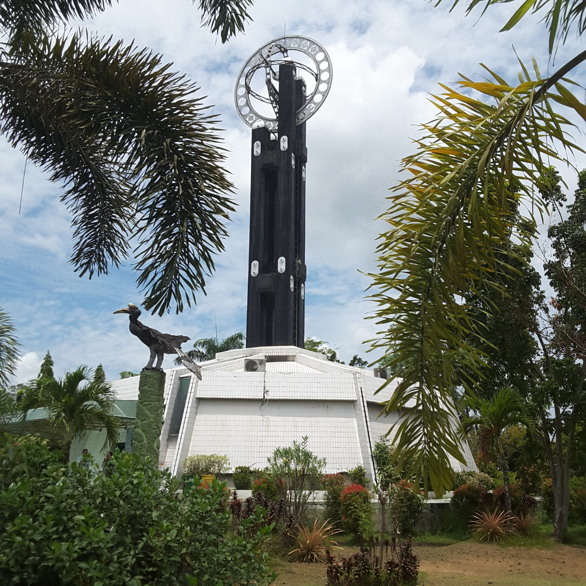 Tugu Khatulistiwa Salah Satu Icon Wisata Kota Pontianak Inilah Inilahkaminews