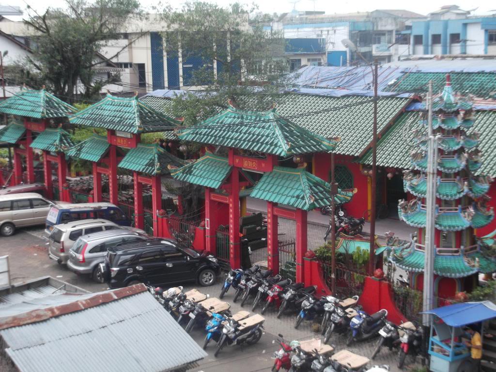 Vihara Cina Pulau Kembang Bodhisattva Karaniya Metta Kab Pontianak