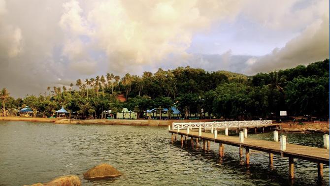 Www Soekrisno Blogspot Rekomendasi Wisata Pontianak Sinka Island Park Vihara