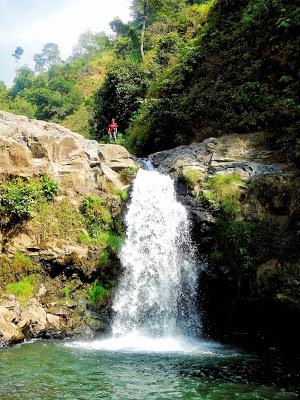 Air Terjun Triban Tempat Wisata Ngepung Dilewati Oleh Kendaraan Berasal