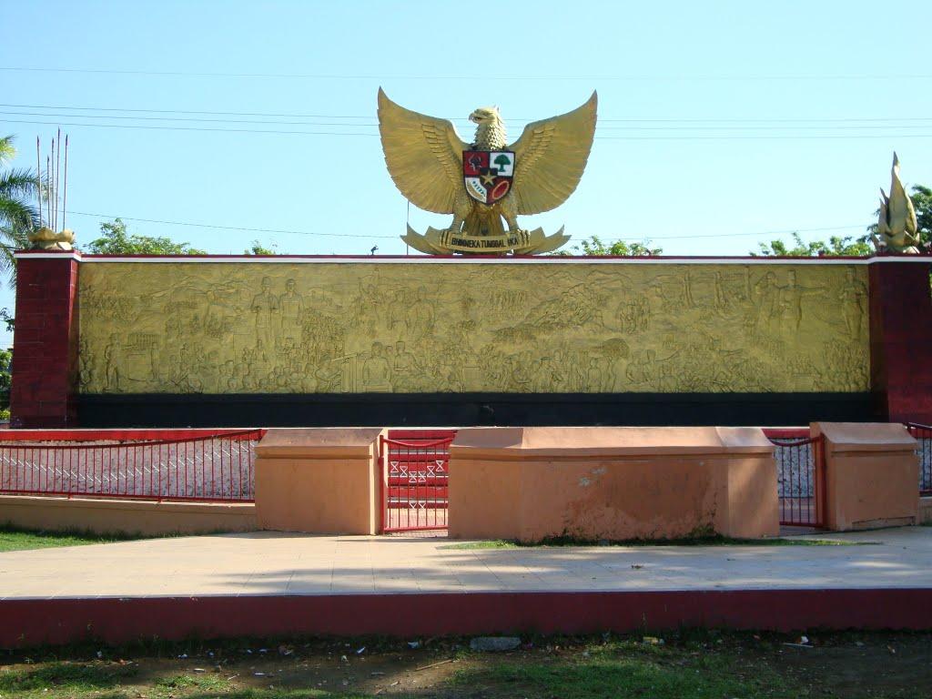 Alun Kota Probolinggo Mapio Net Monumen Pancasila Kab
