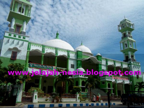 Www Jelajah Nesia Blogspot Indahnya Masjid Agung Raudlatul Salah Satunya