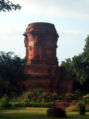 Candi Jabung Kabupaten Probolinggo Jawa Timur Arungmaya Kitab Nagarakrtagama Menyebut