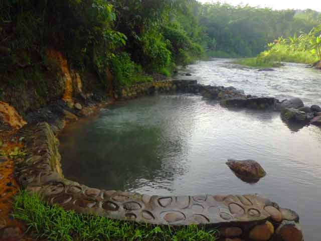 4 Wisata Probolinggo Jarang Diketahui Turis 5 Candi Kedaton Kab