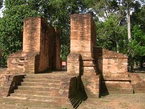 Candi Kedaton Sumatran Feet Gedong Ii Temple Kab Probolinggo